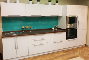 Белая кухня Айсберг